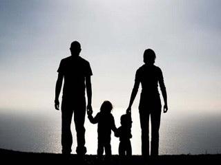 دانلود پایان نامه مقایسه شیوه ی فرزند پروری در زنان شاغل و خانه دار